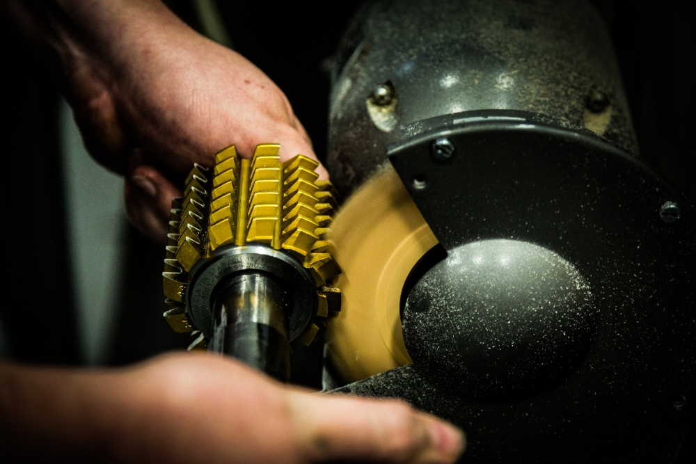 Helios Gear Products - Hob Sharpening Service